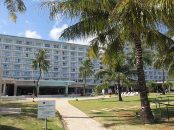 フィエスタ庭とビーチ側